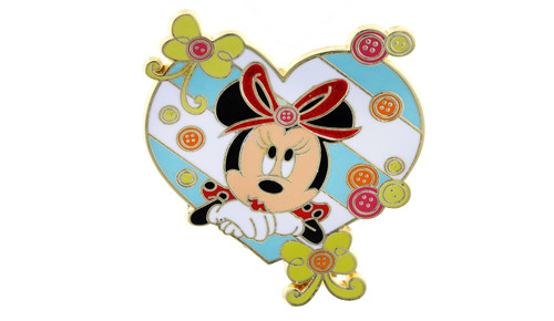 Minnie Mouse Heart Buttons Pin
