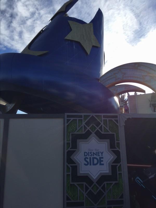 Disney Sorcerer Hat Dismantle 1